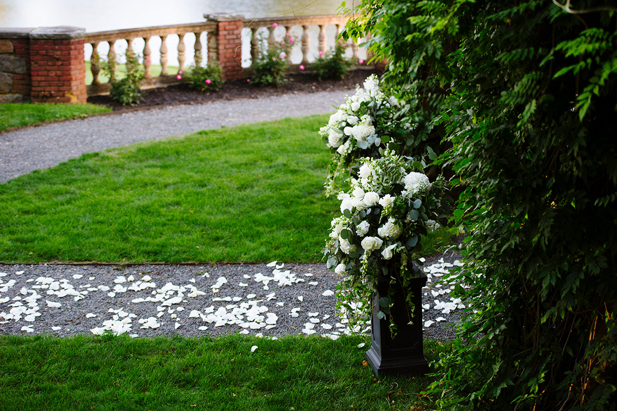 Fall wedding at The Mansion on Turner Hill